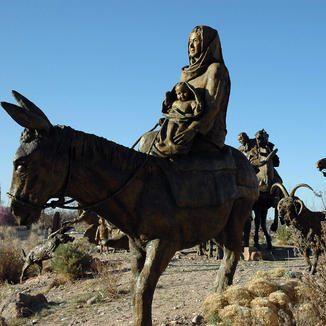 Doña Eufemia statue